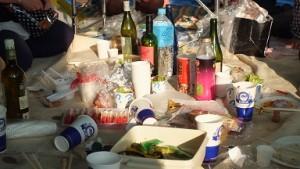 大人のピクニック テーブル下 4