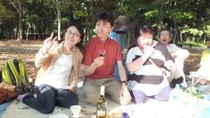 大人のピクニック 歓談中1