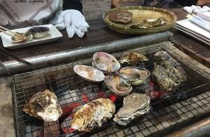 牡蠣小屋 牡蠣焼き中